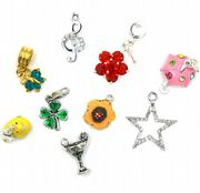 Charms & Pendants
